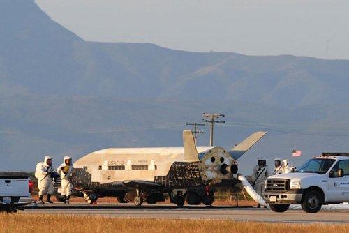 OTV-2 po lądowaniu - 16.06.2012 / Credits - USAF