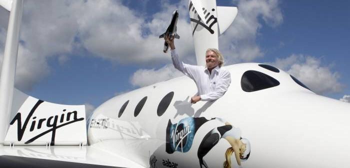 Richard Branson w SpaceShipTwo (zdjęcie z 2012 roku) / Credits - Virgin Galactic