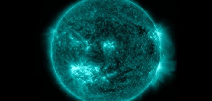 Widok Słońca w dniu 10 lipca 2012 - aktywny obszar na południe od równika słonecznego to 1520 / Credits - NASA, SDO, Helioviewer