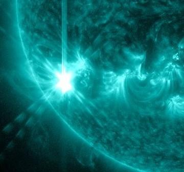 Rozbłysk klasy M6.1 z 28 lipca 2012 roku / Credits - NASA, SDO