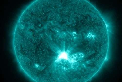 Rozbłysk klasy X1.4 z 12.07.2012 / Credits: NASA, SDO