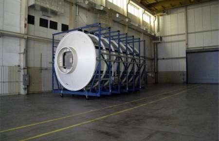 Makieta modułu laboratoryjnego (Hab Module) dostarczona już do Budynku 4649 / Credits: NASA