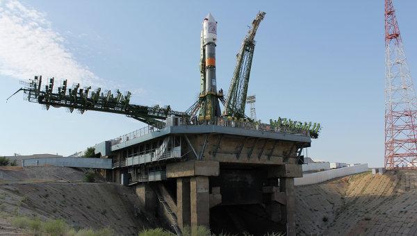 Sojuz FG na platformie startowej / Credits: RIA