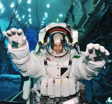 Samantha Cristoforetti podczas treningu w NASA Neutral Buoyancy Laboratory/Credits: NASA