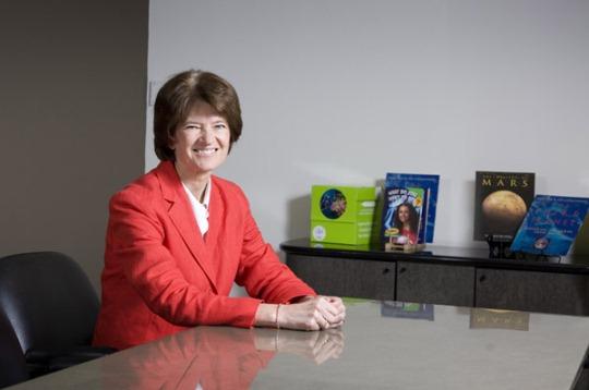 Sally rozpoczyna własną działalność: Sally Ride Science, której celem było m.in. promowanie nauki wśród młodzieży /Credits: SRS