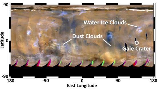 Zdjęcie podjęte przez instrument Mars Color Imager sondy MRO. Na zdjęciu oprócz chmur i burz pyłowych widoczne są także chmury lodu wodnego nad rejonami równikowymi, które są charakterystyczne dla tej pory roku marsjańskiego / Credits: NASA/JPL-Caltech/MSSS