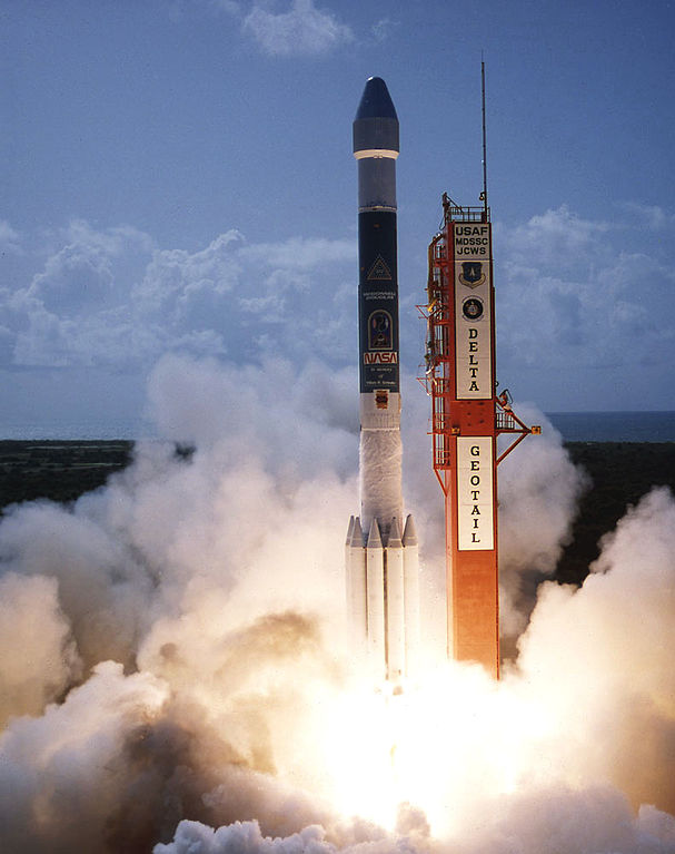 Start Geotail rakietą Delta II / Credits: NASA