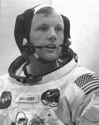 Astronauta w kombinezonie misji Apollo 11/ Credits: NASA