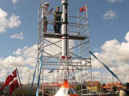 Wieżyczka ratunkowa LES wraz z kapsułą Tycho Deep Space / Credits: Thomas Djursing/ing.dk