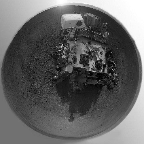 'Autoportret' łazika na miejscu lądowania / Credits - NASA
