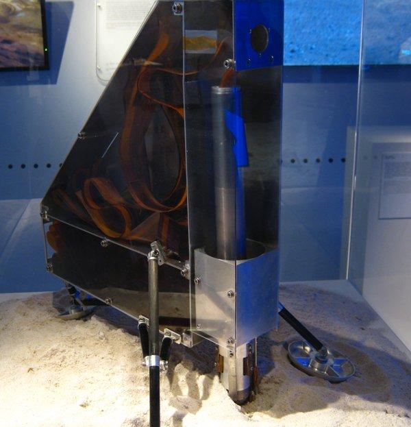 Model instrumentu HP3 dla misji InSight / Credits - K. Kanawka