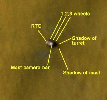 Zdjęcie z Sol 12 - szczegóły łazika widziane przez MRO / Credits - NASA / JPL / UA / annotated by Emily Lakdawalla