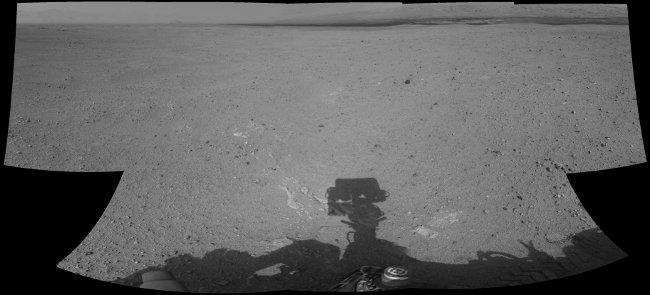 Mozaika kilku zdjęć wykonanych przez kamery łazika podczas Sol 26 / Credits - NASA, JPL-Caltech, Damien Bouic