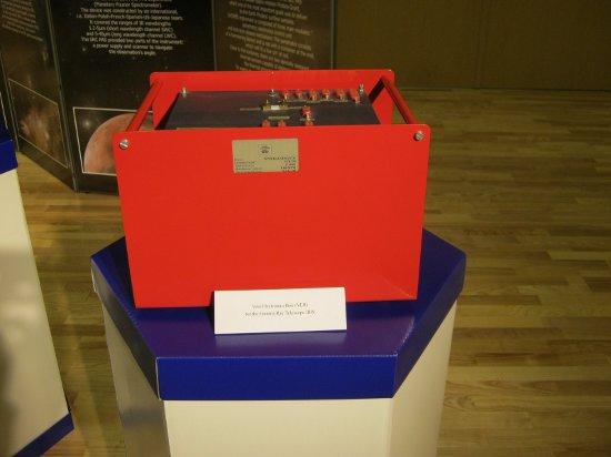 Blok elektroniki VEB (Veto Electronics Box) dla systemu antykoincydencji teleskopu gamma IBIS. Credits: Ela Zocłońska, kosmonauta.net