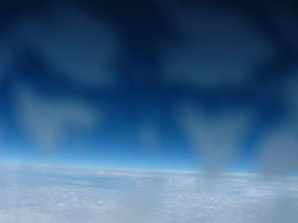 Ostatnie zdjęcie przed odcięciem balonu - wysokość ok. 10300 m / Credits - zespół Hevelius