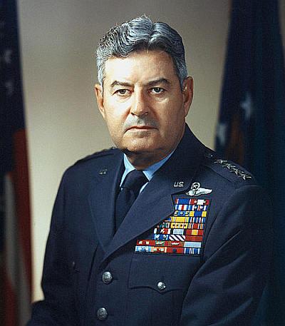 Generał Curtis LeMay (USAF)