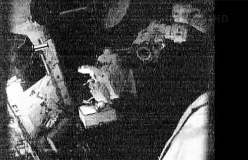 Przenosiny MSBU do tymczasowej lokalizacji (NASA TV)