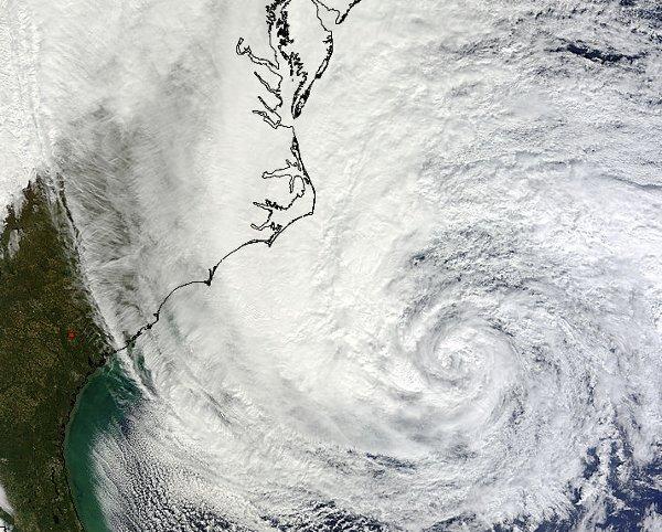 Huragan Sandy u wybrzeży USA - 28.10.2012 / Credits: NASA