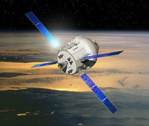 Kapsuła Orion z europejskim modułem serwisowym / Credits - ESA