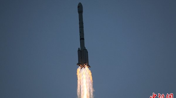 Start rakiety CZ-3B - 27.11.2012 / Credits - CN