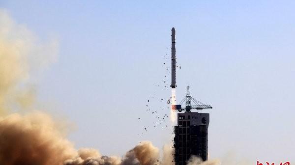Start rakiety CZ-4C - 25.11.2012 / Credits - Chinadaily