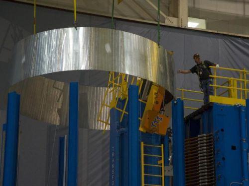 Element prototypowego adaptera, który połączy statek Orion z rakietą Delta 4 Heavy / Credits: NASA/MSFC/Emmet Given