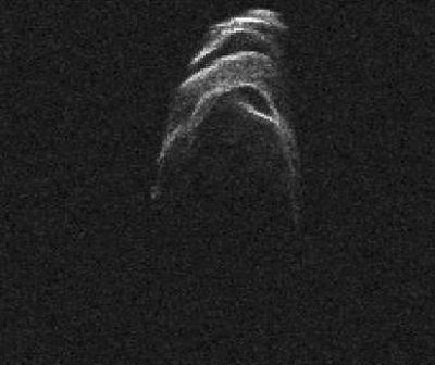 Obraz asteroidy 4179 Toutatis uzyskany przez obserwatorium Goldstone / Credits: JPL, Goldstone
