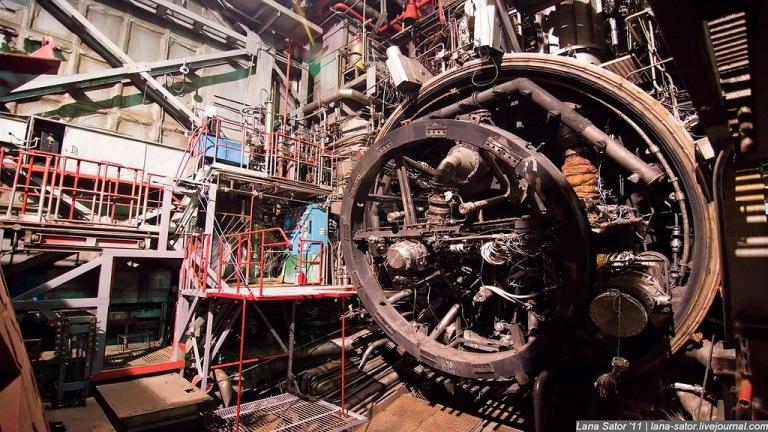 Największa rosyjska wytwórnia silników rakietowych NPO Energomasz w Moskwie / Autor: Lana Sator, lana-sator.livejournal.com