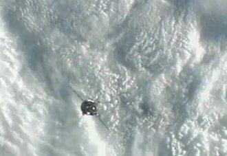 Sojuz TMA-07M zbliża się do ISS - 21.12.2012 / Credits - NASA TV