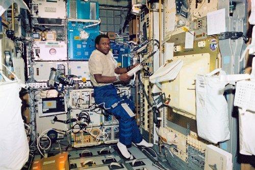 Wnętrze moduły SPACEHAB podczas STS-107. Zdjęcie wykonano pomiędzy 16 a 18 stycznia 2003 / Credits - NASA
