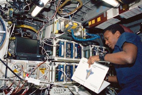 Zdjęcie z misji STS-107 / Credits - NASA