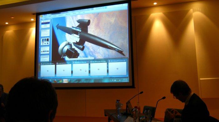 Fragment prezentacji dotyczącej pojazdu Skylon - sesja dotycząca alternatywnego dostępu do przestrzeni kosmicznej / Credits - K. Kanawka, kosmonauta.net