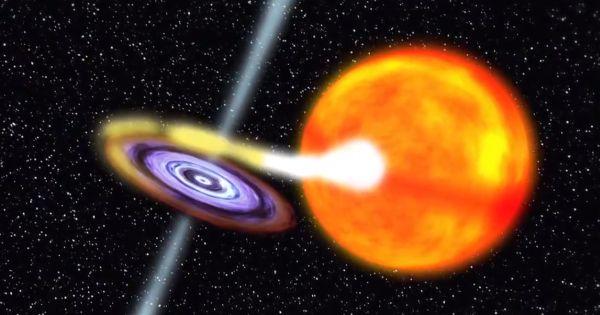 Układ podwójny składający się z czarnej dziury oraz gwiazdy / Credits: NASA