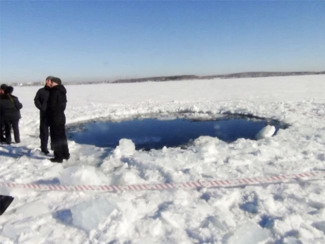 Przerębel na jeziorze Czerbakul