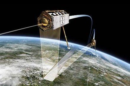Satelity TerraSAR-X i TanDEM-X / Credits - Astrium
