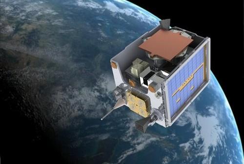 Satelita TechDemoSat-1 / Credits - SSTL