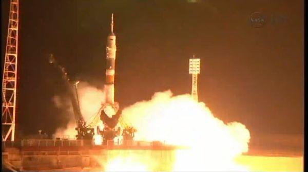 Start rakiety Sojuz-FG ze statkiem Sojuz TMA-08M / Credits: Prometeusz, Polskie Forum Astronautyczne, NASA TV