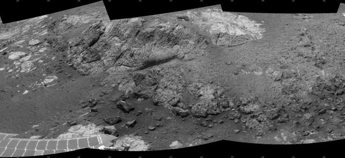 Zdjęcie Copper Cliff wykonane przez Opportunity w trakcie sol 3153 / Credits: NASA