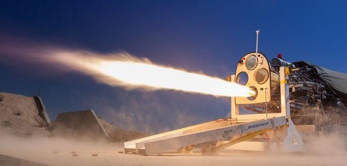 Test silnika rakietowego samolotu Lynx zasilanego paliwem dostarczanym za pomocą pomp tłokowych / Credits: Mike Massee, XCOR