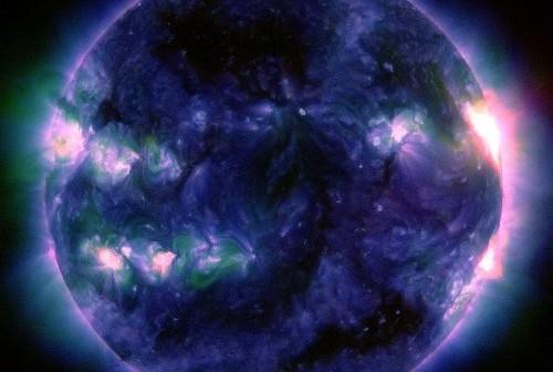 Rozbłysk klasy M5.0 z 22 maja 2013 / Credits - NASA, SDO, AIA