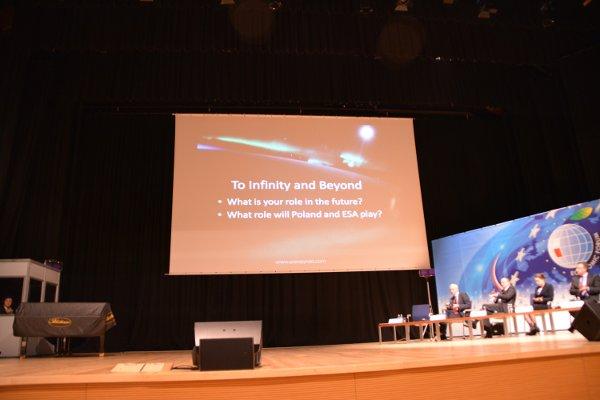 Koniec prezentacji Scott'a Parazynskiego / Credits - K. Kanawka, kosmonauta.net