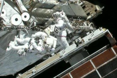 Koniec prac! Godzina 19:04 CEST / Credits - NASA TV