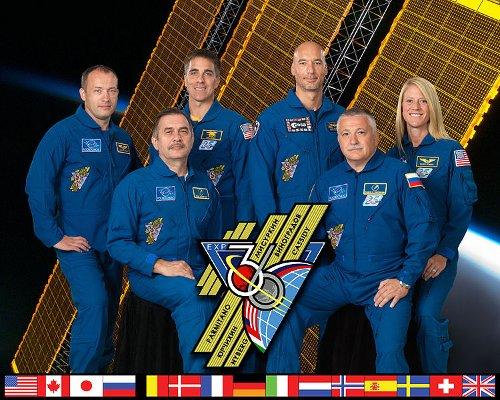 Ekspedycja 36 na ISS / Credits - NASA, ESA, Roskosmos