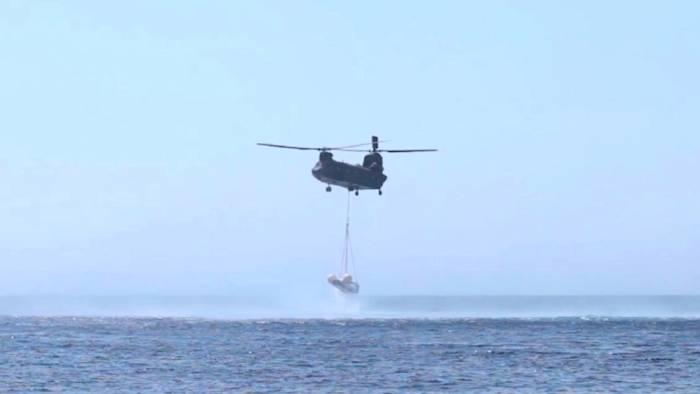 Pojazd IXV pod helikopterem / Credits: ESA
