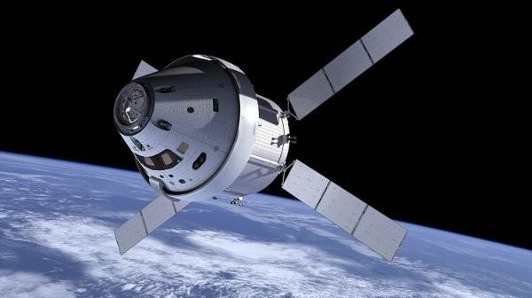 Kapsuła MPCV z europejskim modułem serwisowym / Credits - ESA, NASA