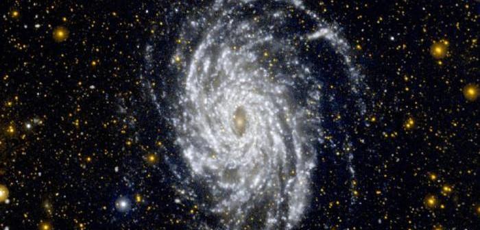 Zdjęcie galaktyki NGC 6744 - bliźniaczo podobnej do naszej Drogi Mlecznej / Credits: NASA/JPL-Caltech
