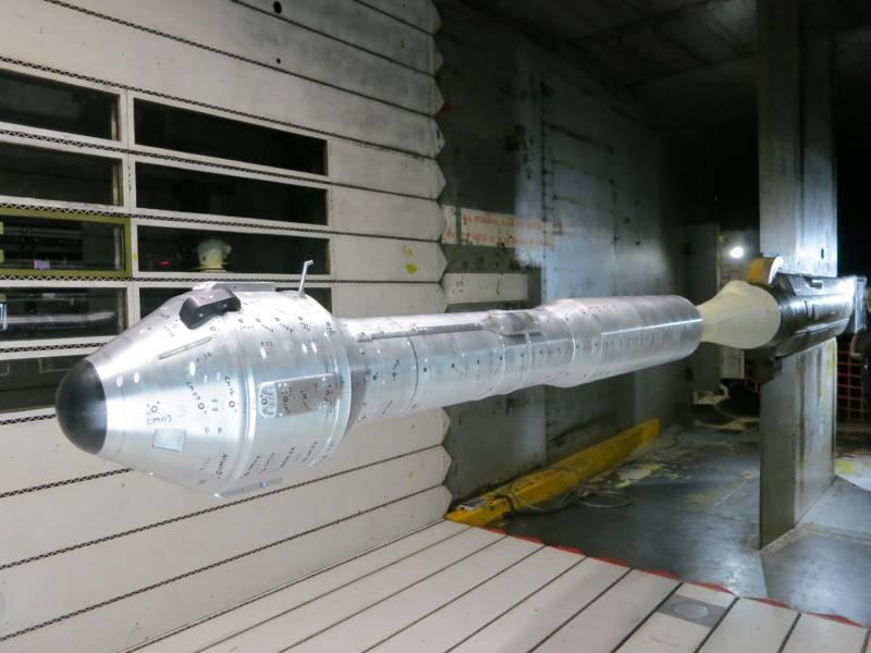 Model kapsuły CST-100 i rakiety Atlas V w tunelu aerodynamicznym / Credits: Boeing