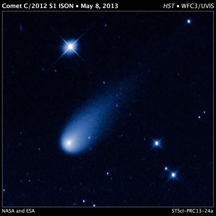 Kometa C/2012 S1 ISON / Credits: NASA/ESA, Hubble Heritage Team (STScI/AURA)