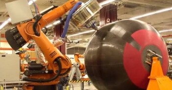 Proces wytwarzania kompozytowego zbiornika na paliwo kriogeniczne / Credits: NASAMarshallTV