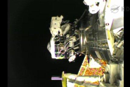 18:58 CEST - status prac przy PMA-2 / Credits - NASA TV